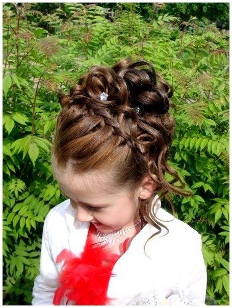 Фото причёсок для девочки на выпускной в 5 класс