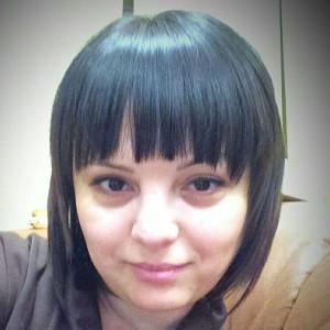 Алина Мастер маникюра педикюра